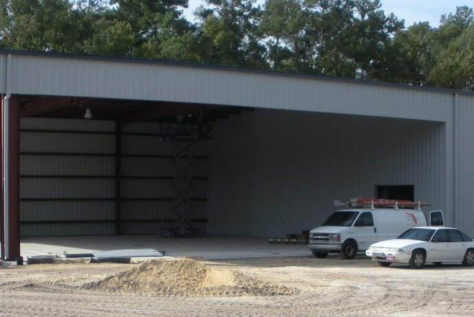 Steel building with Jack Beam over 2 bays